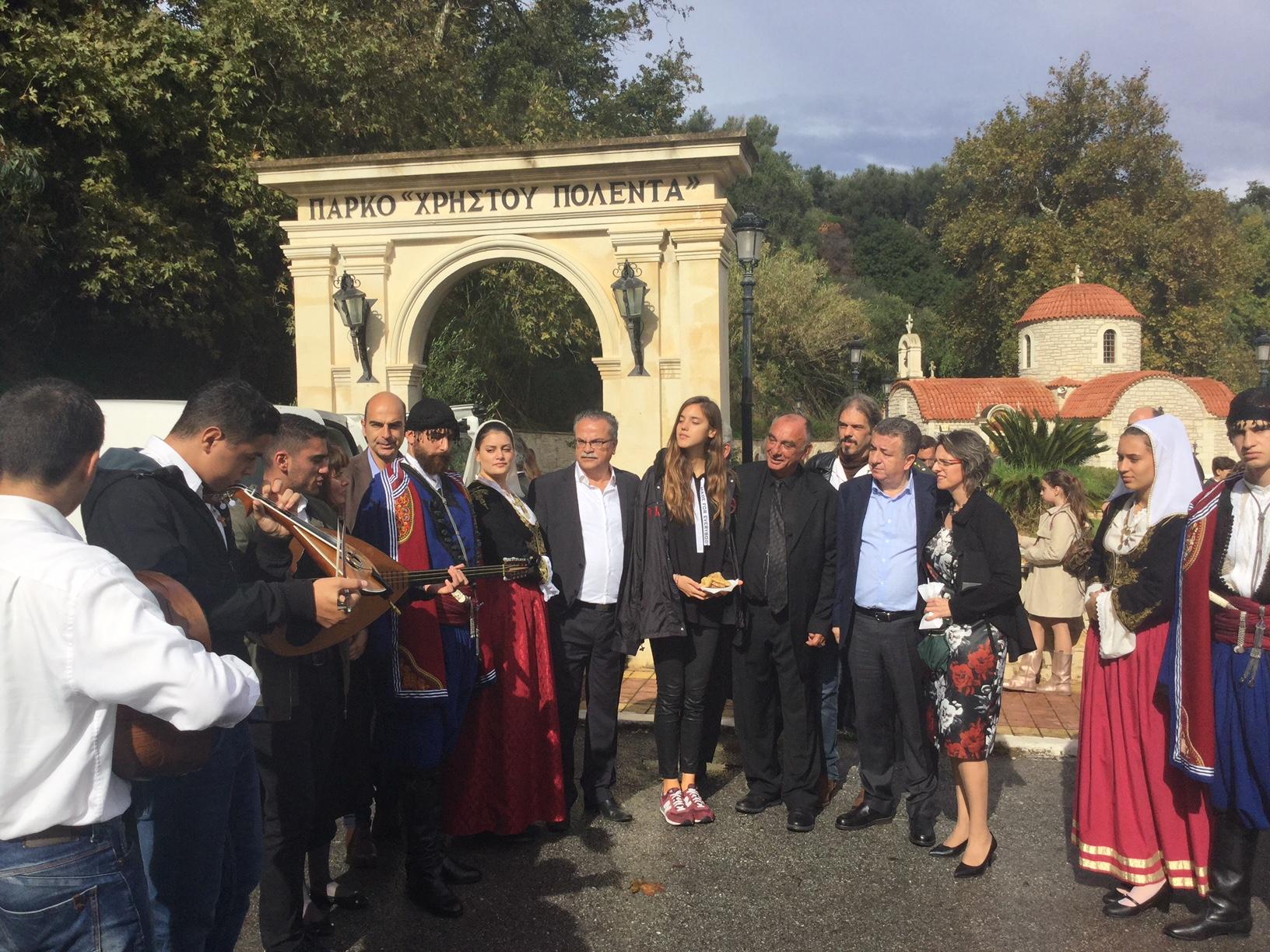 Κρήτη: Ενώνουν τη φωνή τους για την γενοκτονία στους δρόμους της Κρήτης από τα τροχαία.