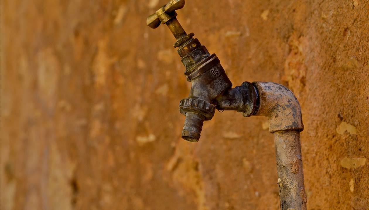Χωρίς νερό οι Μεσαμπελιές για μέρες - «Βροχή» οι καταγγελίες