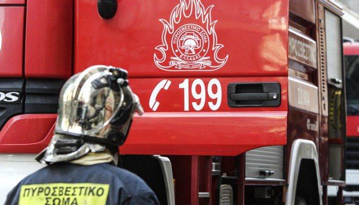 Στις φλόγες εμπορικά κατάστημα στο Ηράκλειο