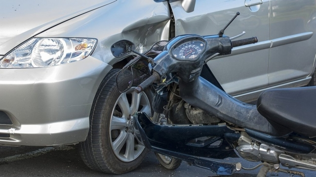 Ηράκλειο: Μπαράζ τροχαίων ατυχημάτων με μηχανάκια