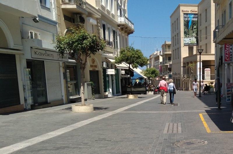 Έρημη πόλη το Ηράκλειο τις μέρες του Πάσχα! (pics)