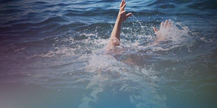 7 ανήλικοι κινδύνευσαν στα κύματα σε παραλίες της Αμμουδάρας και του Καρτερού