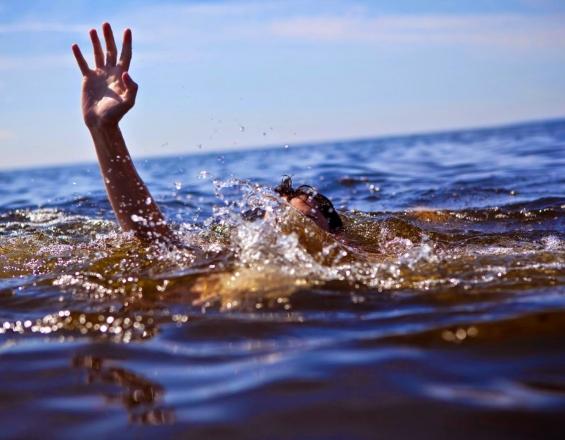 Ηράκλειο: Το τελευταίο μπάνιο στη θάλασσα...