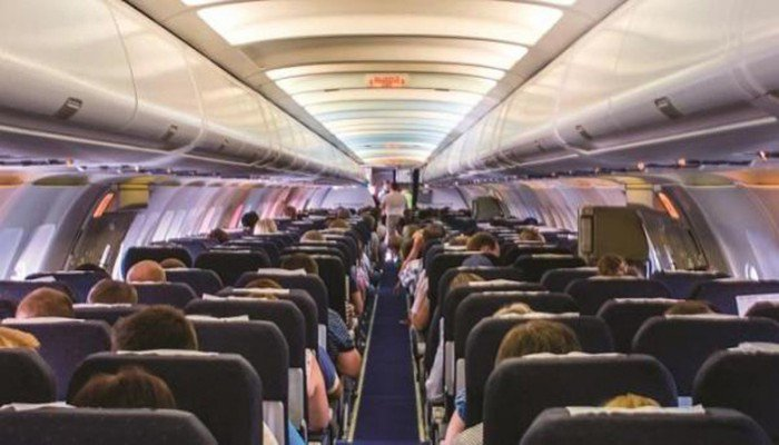 Τρόμος στον αέρα για επιβάτες αεροπλάνου