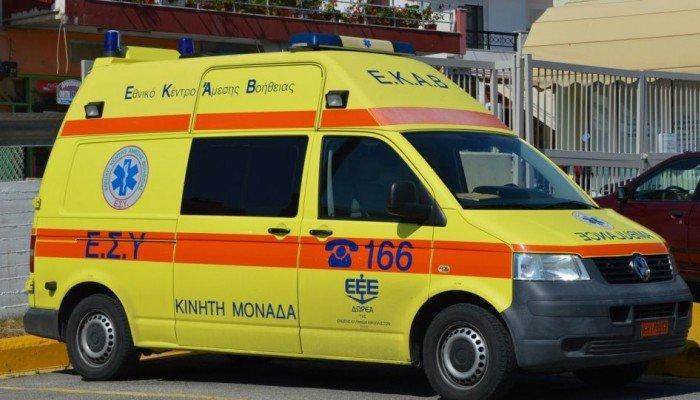 Στο νοσοκομείο οδηγός μηχανής μετά από άλλο ένα τροχαίο