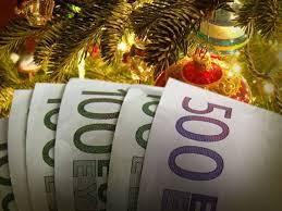 Δώρο Χριστουγέννων: Εργοδότες ζητούν πίσω τα χρήματα από τους υπαλλήλους