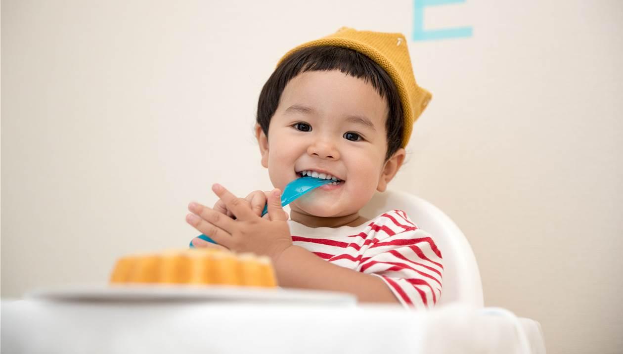 Γιατί δεν πρέπει να πετάμε τα παιδικά δόντια;