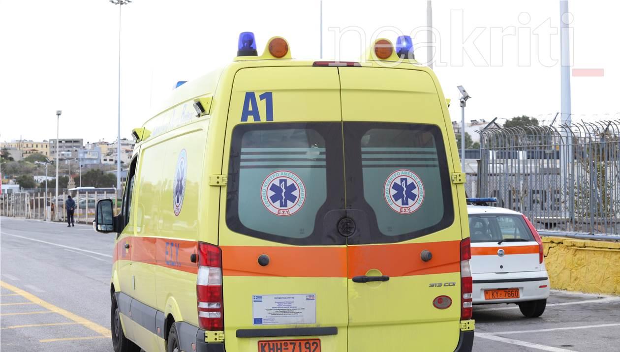 Τροχαίο ατύχημα: Αυτοκίνητο συγκρούστηκε με μηχανάκι
