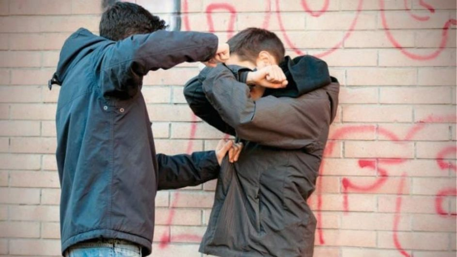 Καβγάς σε σχολείο - Μαθητές πιάστηκαν στα χέρια