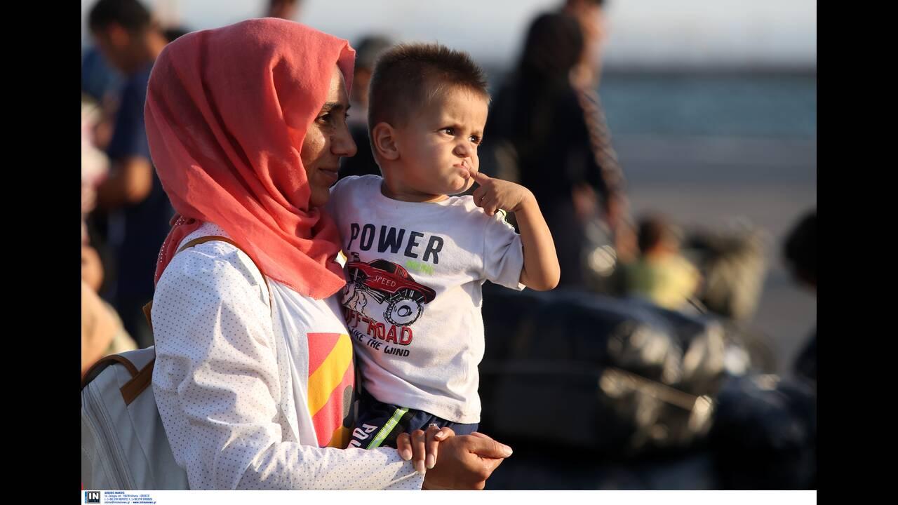 Έρχονται 900 πρόσφυγες και μετανάστες στην Κρήτη