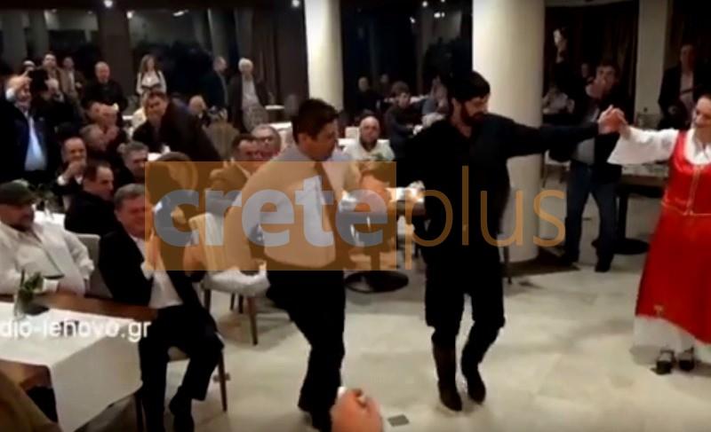 Θεμα CretePlus.gr: O λεβέντικος χορός του Αυγενάκη που εντυπωσίασε με τις... φιγούρες του (vid+pics)