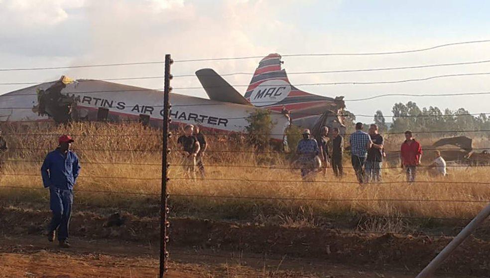 12χρονος κατάφερε να επιζήσει, μετά τη συντριβή του αεροπλάνου