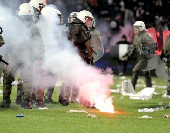 Ηράκλειο: Επεισόδια πριν το ματς και χρήση δακρυγόνων