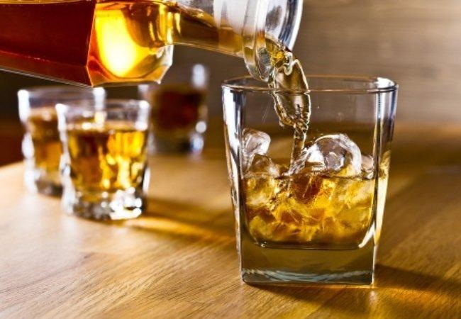 Ανησυχητικά στοιχεία για την κατανάλωση αλκοόλ στην Κρήτη