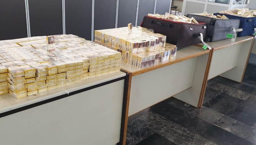 Ποσότητα «μαμούθ» με πακέτα τσιγάρα κατασχέθηκαν στο αεροδρόμιο Ηρακλείου