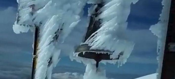 Εντυπωσιακό βίντεο από την κορφή του Ψηλορείτη, ντυμένος στα λευκά