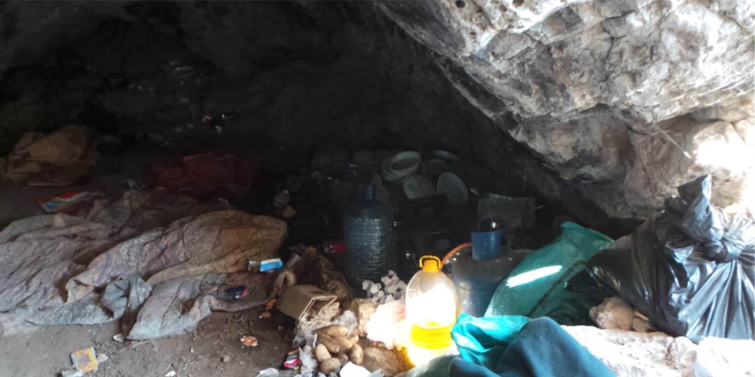 Έκρυβαν 113 ψυχές σε σπηλιά στον Τσούτσουρα - Σήμερα η δίκη