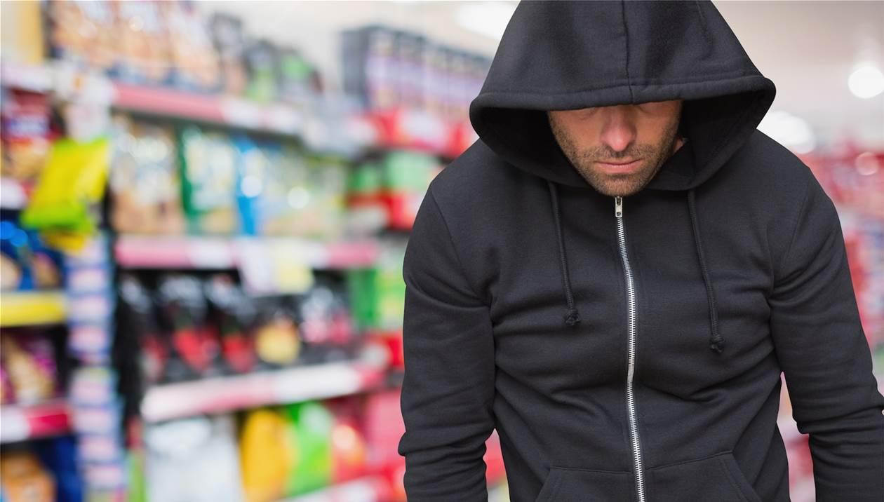 Βρήκε τον κλέφτη στο Facebook και τον «έβαλε» να επιστρέψει το ρολόι