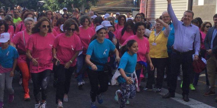 Ηράκλειο: Εκατοντάδες γυναίκες, νέοι και παιδιά έτρεξαν για καλό σκοπό