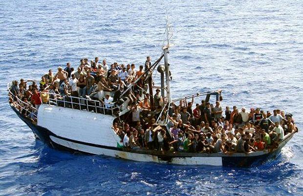 Οι διακινητές «εχουν στο μάτι» τον κόμβο της Κρήτης- Πολλά τα λεφτά που «παίζονται»