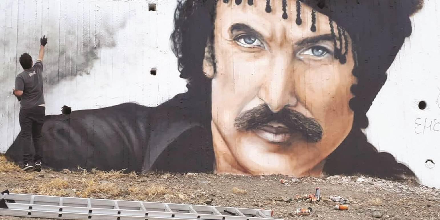 Νίκος Ξυλούρης: Η μέρα που σίγησε για πάντα το «αηδόνι» της Κρήτης