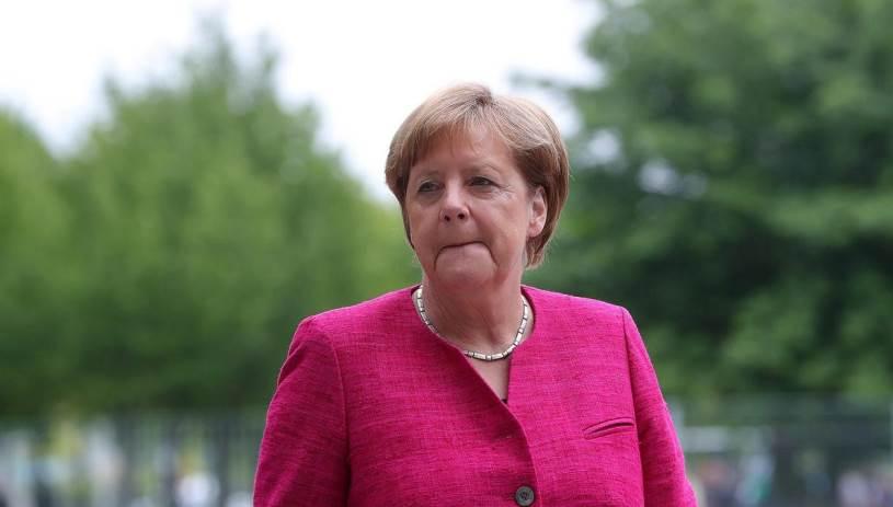 Απαγορεύονται οι συγκεντρώσεις ενόψει της επίσκεψης Μέρκελ στην Αθήνα