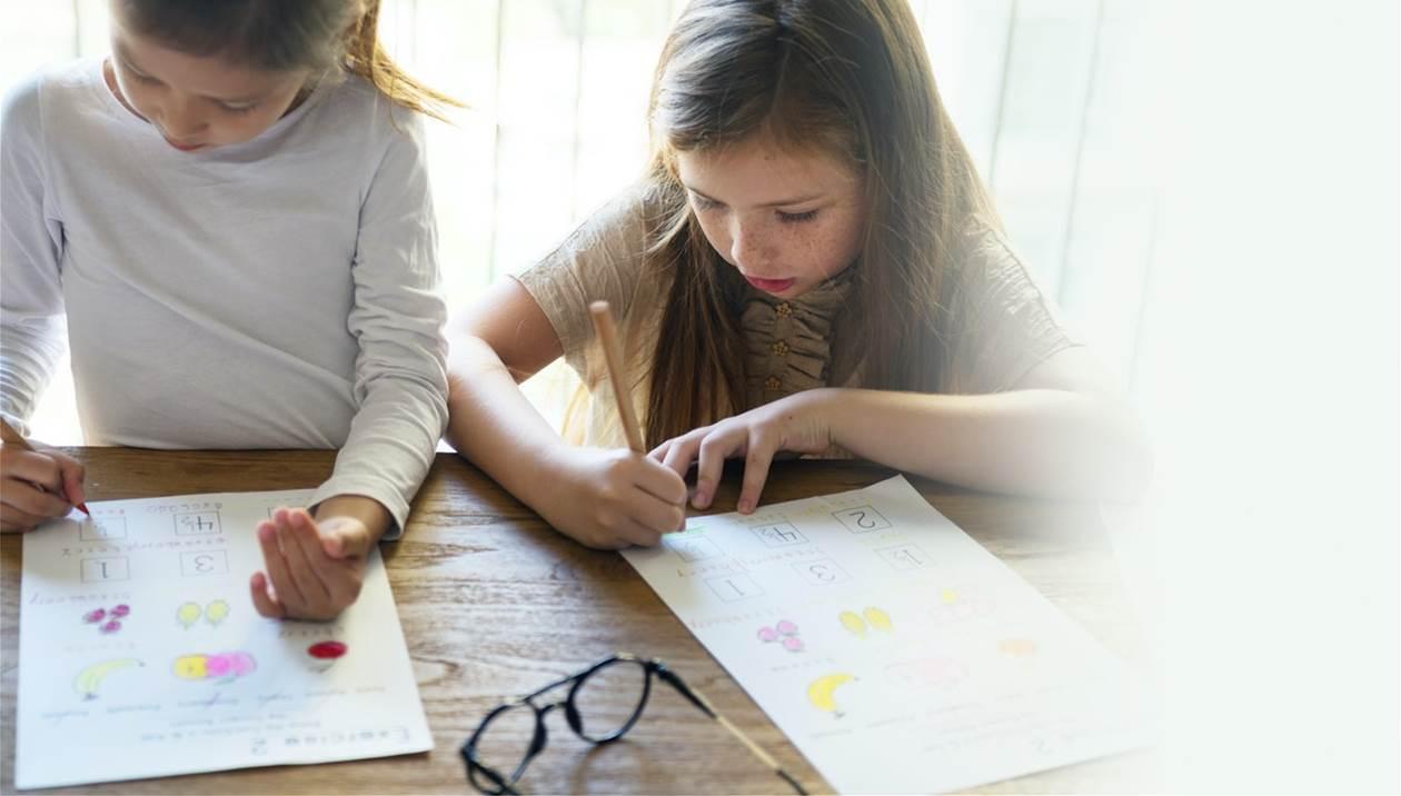 Κεραμέως για σχολεία: Τι θα γίνει με το ολοήμερο - Ποια η λύση για τους γονείς