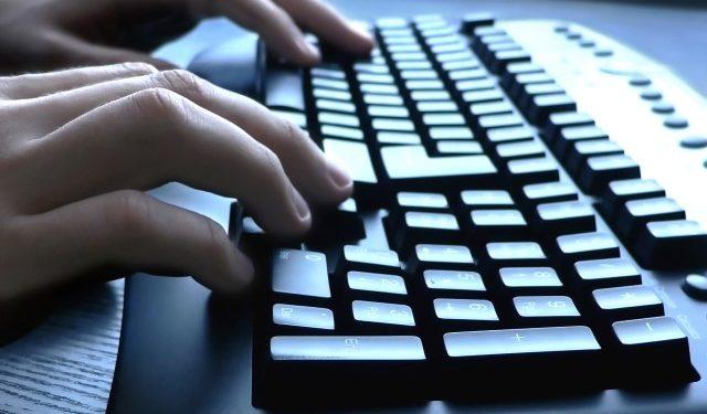 Νέος κύκλος μαθημάτων ηλεκτρονικών υπολογιστών για ηλικιωμένους