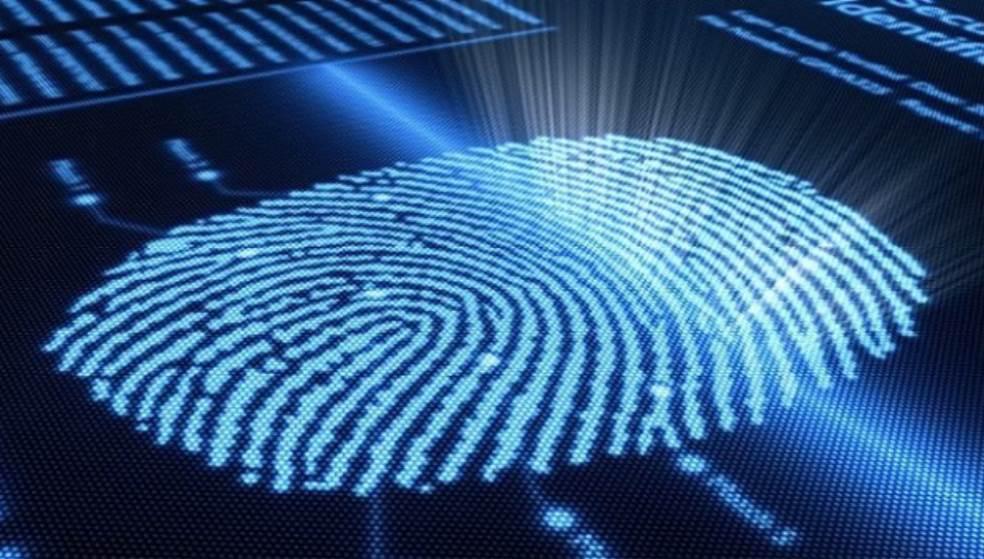 Mε τα δαχτυλικά αποτυπώματα θα «χτυπούν» κάρτα στην Ιταλία