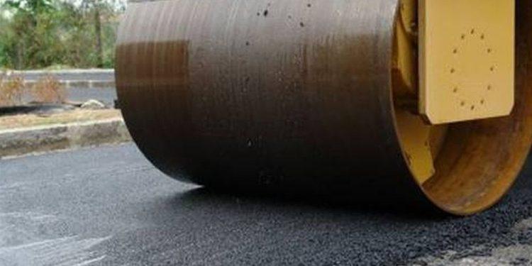 Η κακοκαιρία παρατείνει τις… εργασίες ασφαλτόστρωσης στο Ηράκλειο