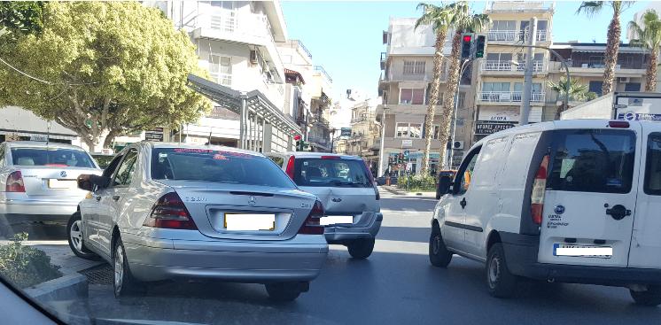 To αδιαχώρητο στην πιάτσα των ταξί στο κέντρο του Ηρακλειου (pics)