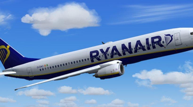 Η Ryanair προσλαμβάνει 2.000 αεροσυνοδούς - Έρχεται και Ελλάδα