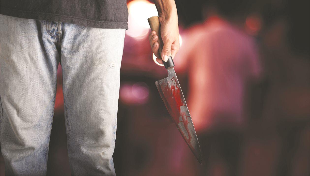 48χρονος αυτοκτόνησε μαχαιρώνοντας τον εαυτό του
