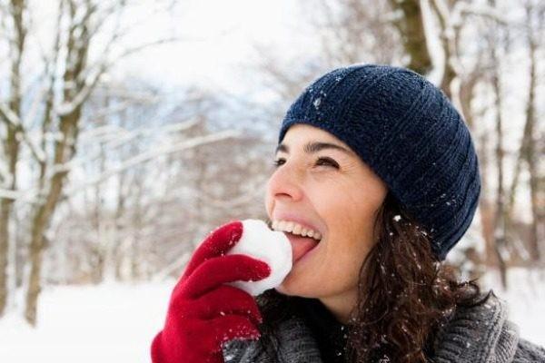 Γιατί δεν πρέπει να τρώμε το χιόνι - Προειδοποίηση επιστημόνων