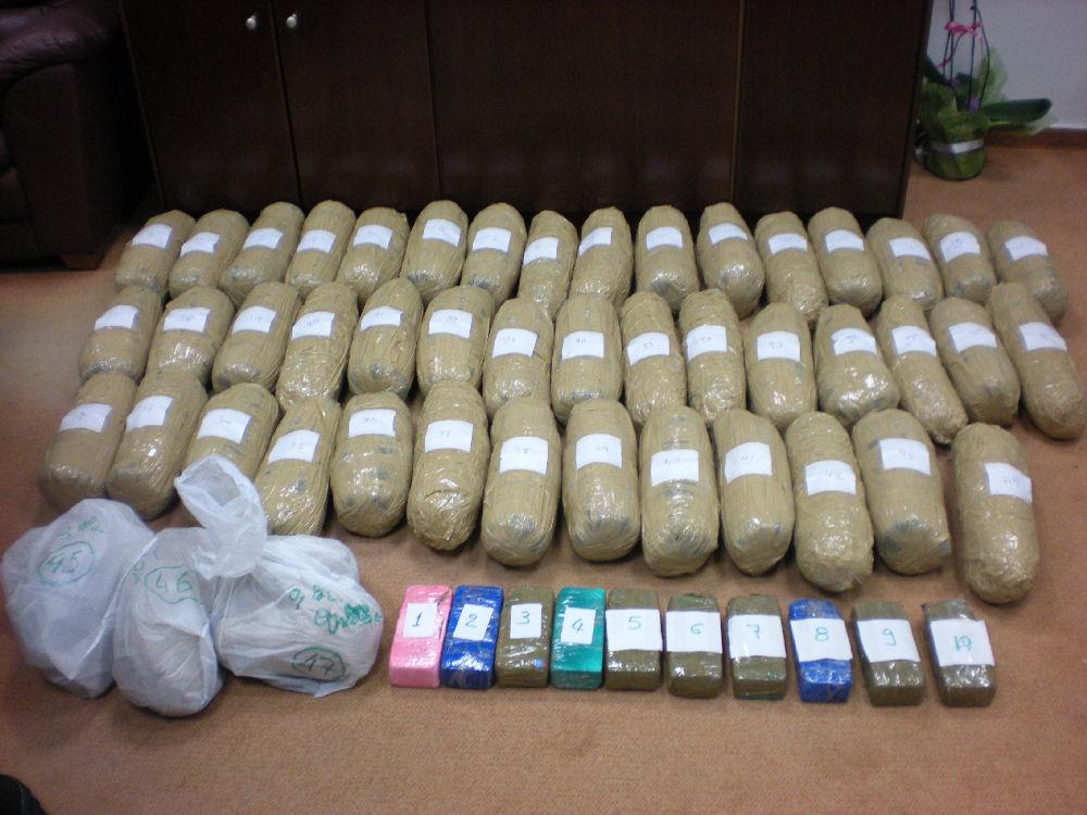 Έλεγχοι από το Λιμενικό για ναρκωτικά- Εγιναν συλλήψεις και στην Κρήτη