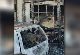 Πυρκαγιά σε ξυλουργείο στο Ηράκλειο -Καταστράφηκε σταθμευμένο ΙΧ – φώτο