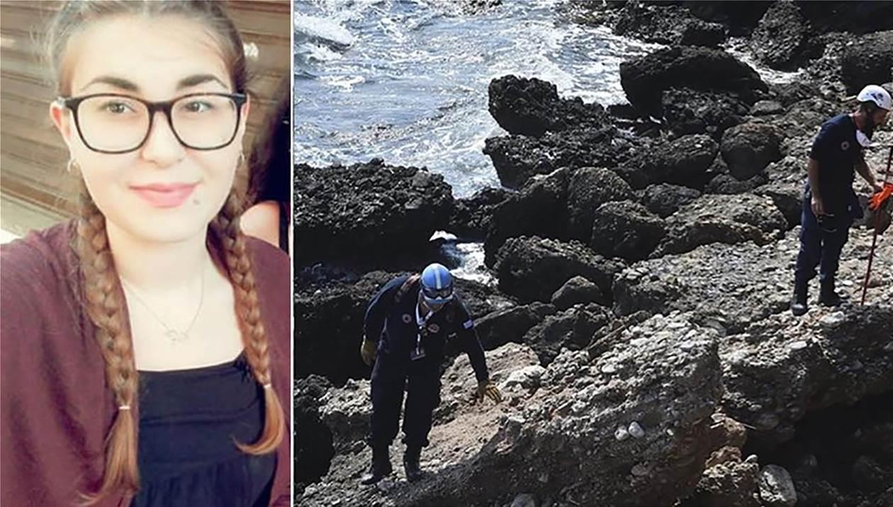 Αποχαιρετούν τη φοιτήτρια που δολοφονήθηκε στη Ρόδο - Στην ανακρίτρια οι κατηγορούμενοι