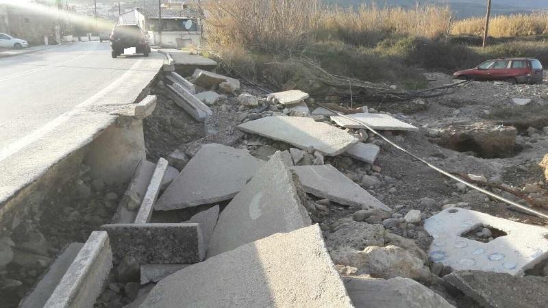 Στις καταστροφές στο Δήμο Πλατανιά ο Περιφερειάρχης Κρήτης (pics)