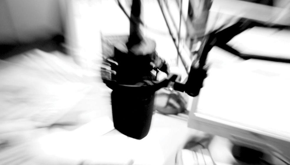 Δύσκολες ώρες για πασίγνωστο τραγουδιστή που ανεβαίνει «Γολγοθά»