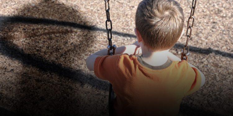 Πατέρας κατηγορείται ότι ασελγούσε στο 4χρονο αγοράκι του!