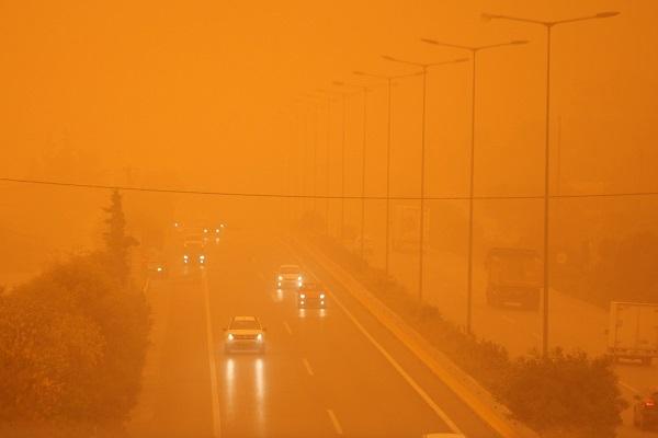 Νέα επέλαση της σκόνης - Που θα μείνουν τα σχολεία κλειστά;