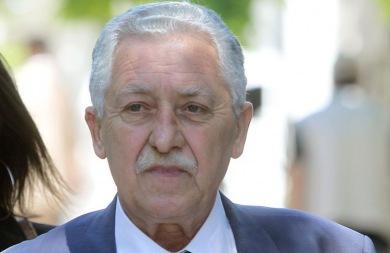 Στελέχη της ΔΗΜΑΡ καλούν τον Κουβέλη να αρνηθεί την υποψηφιότητα για την Προεδρία