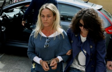 Ποινή φυλάκισης έξι μηνών με αναστολή στην υποψήφια της ΧA, Θέμιδα Σκορδέλη