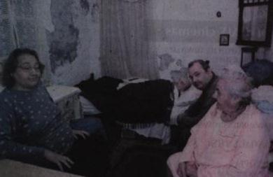 SOS από οικογένεια που ζει σε άθλιες συνθήκες στο κέντρο του Ηρακλείου- Τα σκουλήκια έτρωγαν ηλικιωμένο