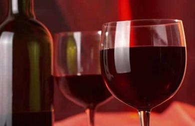 Το κρασί μαζί με σωματική άσκηση προστατεύουν την καρδιά
