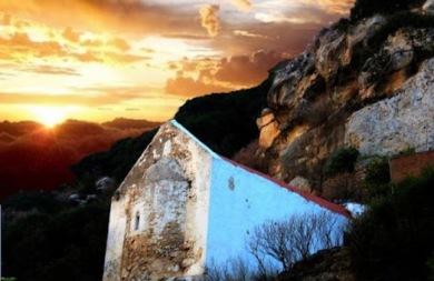 Επισκεφτείτε ένα πανέμορφο φαράγγι μόλις δέκα λεπτά απόσταση από το Ηράκλειο (pics + vid)
