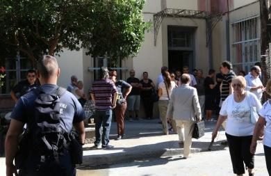 Στο Δικαστικό Μέγαρο οι συλληφθέντες για τα έκτροπα στο γήπεδο του Ηροδότου!