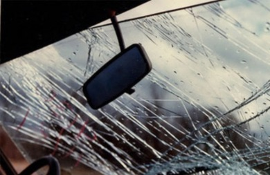 Σε χαντάκι έπεσε αυτοκίνητο με δύο ηλικιωμένους στα Χανιά!