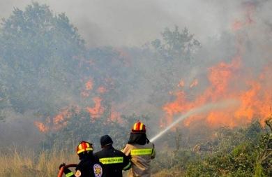 Φωτιά ξέσπασε στο Αμάρι