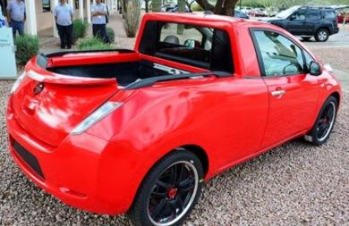 Το ηλεκτρικό Nissan Leaf και με... καρότσα! (vid)
